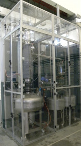Batch distillation with 2 large collecting recipients